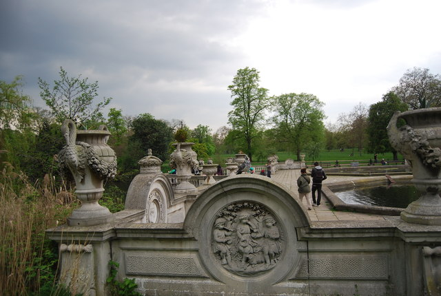 The Fountains, Hyde Park