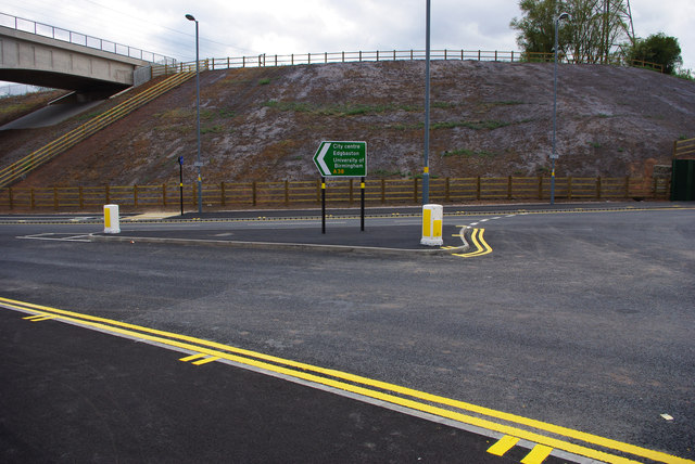 Start / end of Selly Oak New Road Phase 2, at Queen Elizabeth Island roundabout