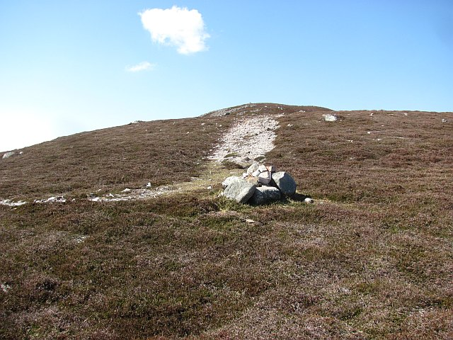 Path on Creag Loisgte