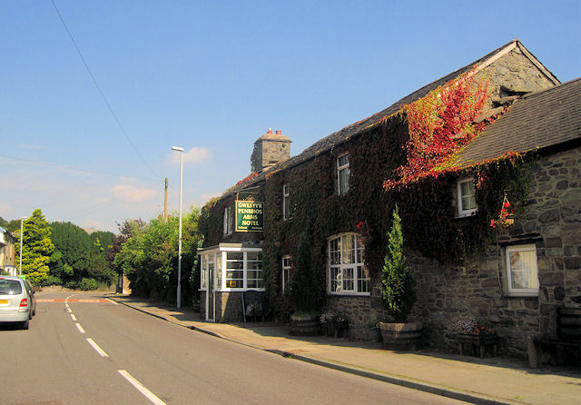 Penrhos Arms hotel on A470