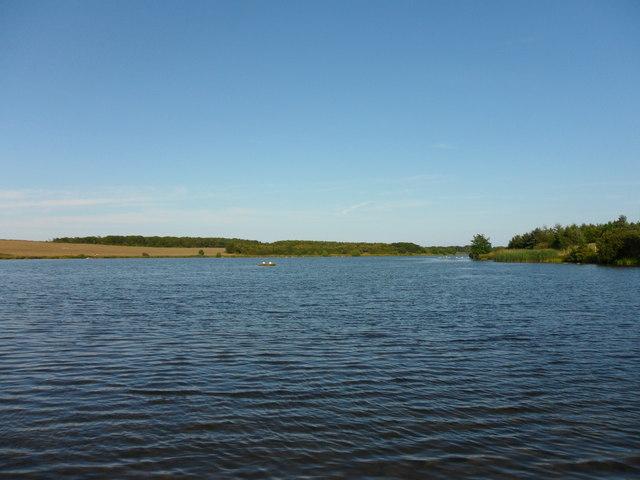 Druridge Bay Country Park: Ladyburn Lake