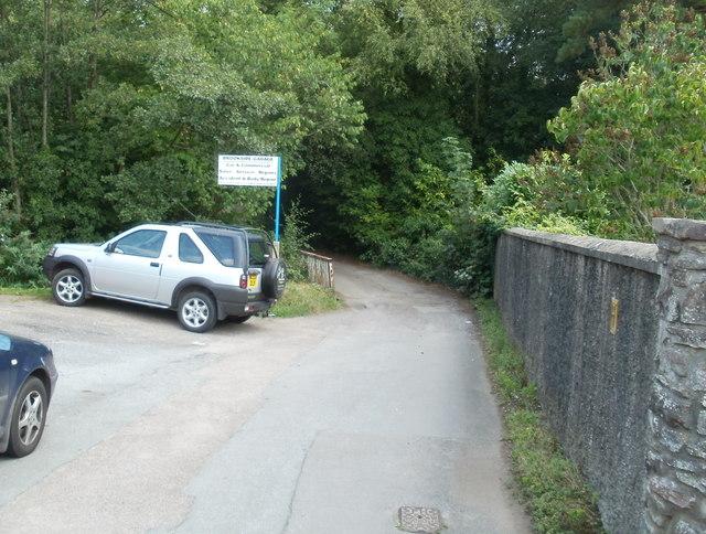 Nantgavenny Lane crosses the Gavenny River, Mardy