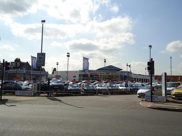 Dagenham Motors superstore, Alperton
