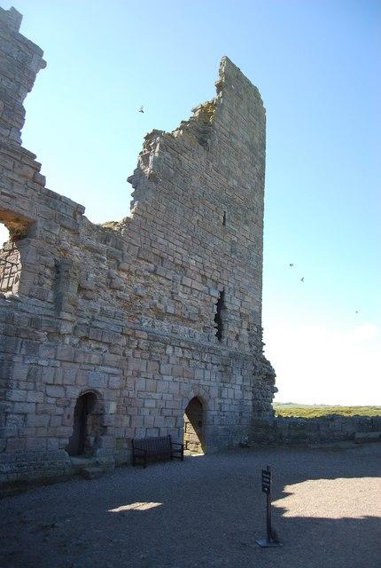 Ruins, Dunstanburgh Castle