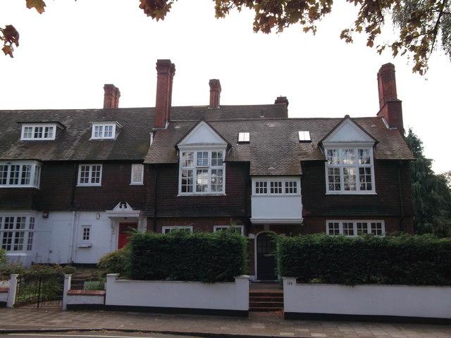 No 125 and No 128 Bromley Road