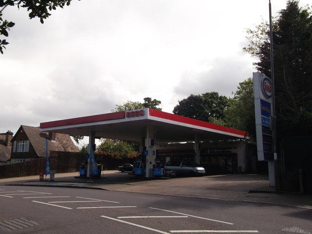 Esso Petrol Filling Station, Bromley