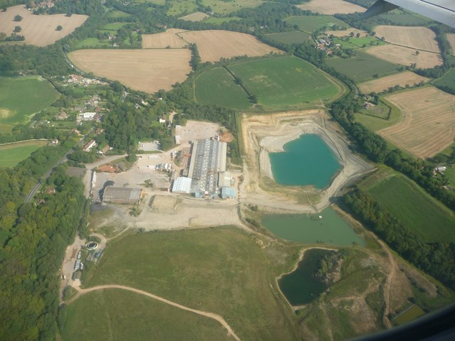 Mole Valley : Clay Pit
