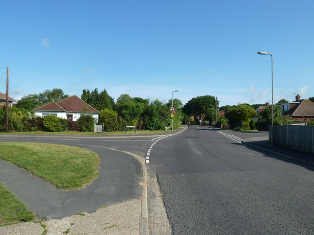 Crossroads of Fareham Park Road, Wynton Way and Atkins Place