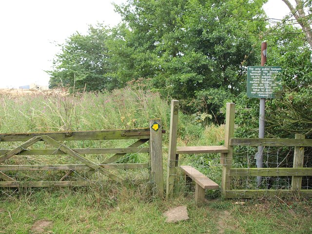 Stile and notice, Leeds Country Way