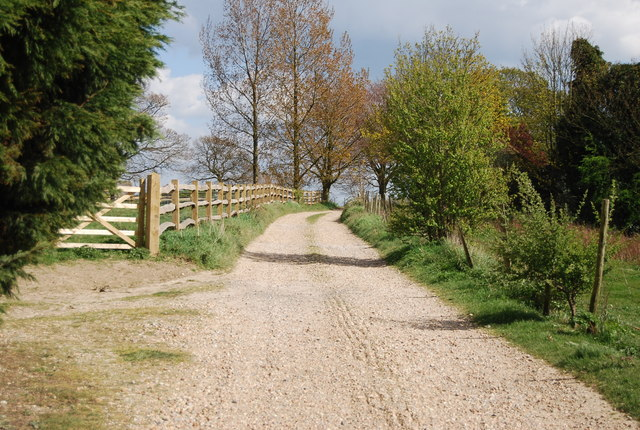 1066 Country Walk, Snaylham Farm