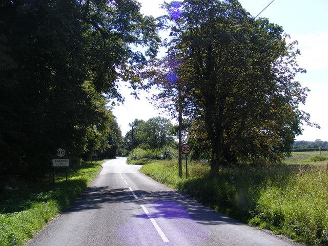 Entering Easton on Framlingham Road