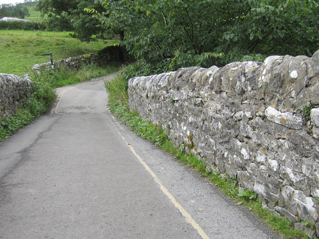 Stainforth packhorse bridge - west