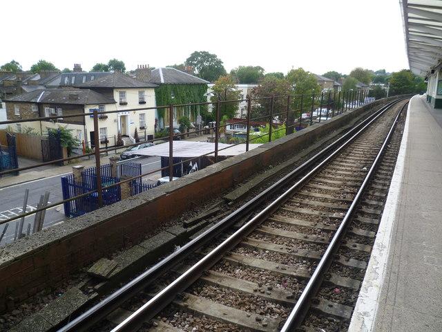 Blenheim Grove from Peckham Rye station