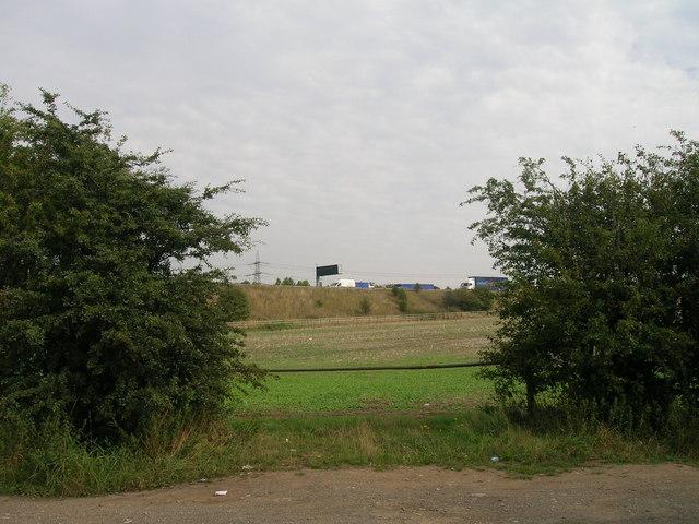 Field entrance off Long Lane