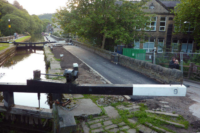 Resurfacing the towpath by Black Pit Lock, Hebden Bridge