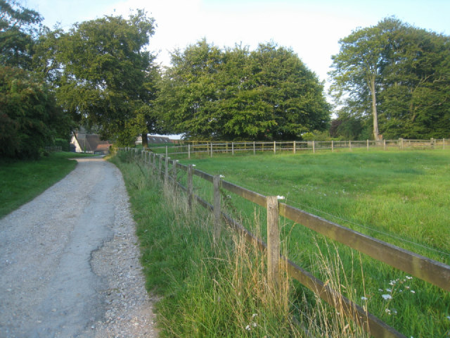 Farm track - Hannington