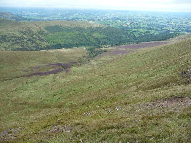 Cwm Cwareli from Bwlch y Ddwyallt