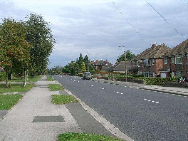 Braithwell Road heading east