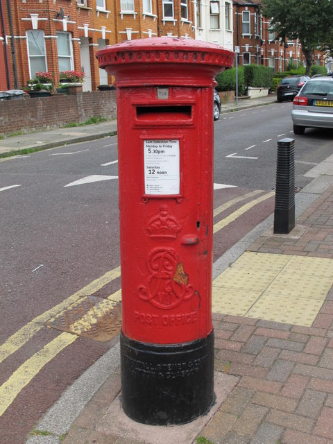 Edward VII postbox, Olive Road / Sneyd Road, NW2