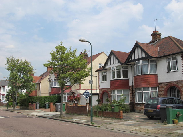 Sneyd Road, NW2 (2)