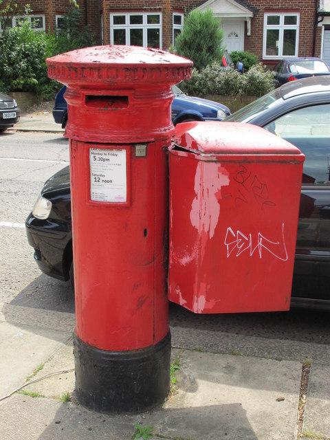 """""""Anonymous"""" (Victorian) postbox, Anson Road (near Oman Avenue), NW2"""