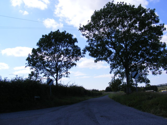 Hall Road, Charsfield