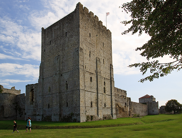Portchester Castle - the Norman keep (2)