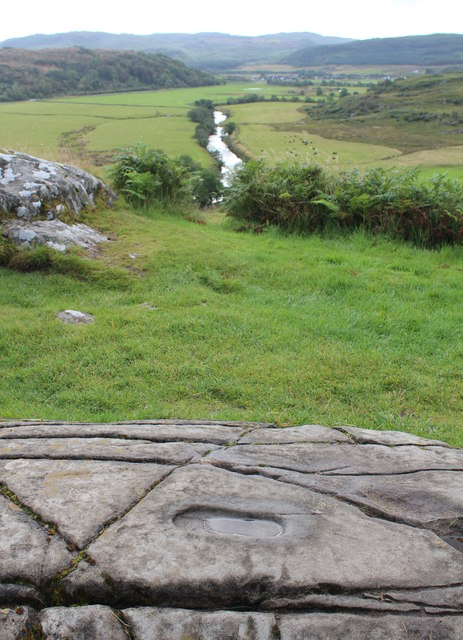 Sunken foot carving, Dunadd