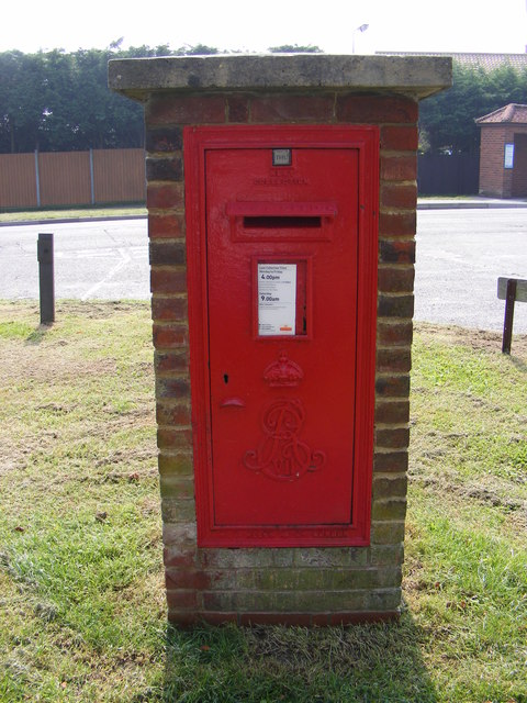 Halesworth Road Edward VII  Postbox