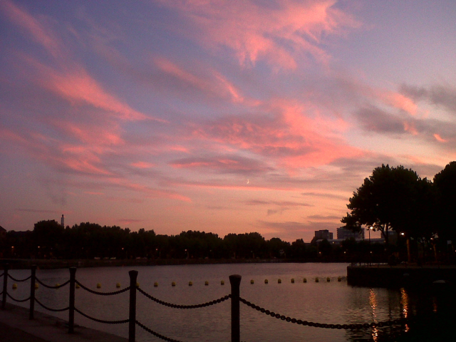 Sunset over Greenland Dock