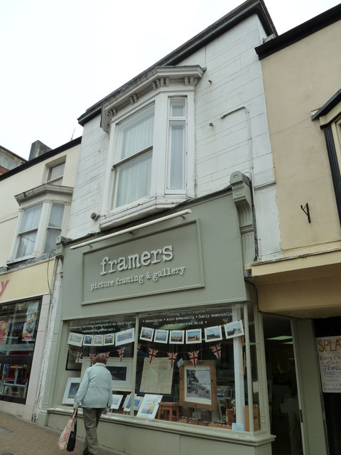 Picture framing gallery in Union Street