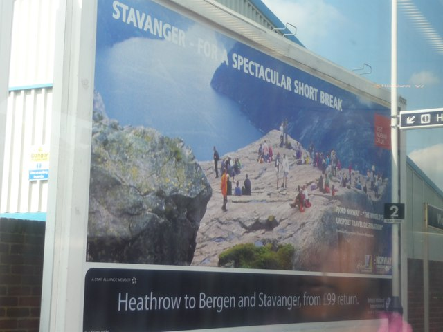 Wokingham : Railway Station Billboard