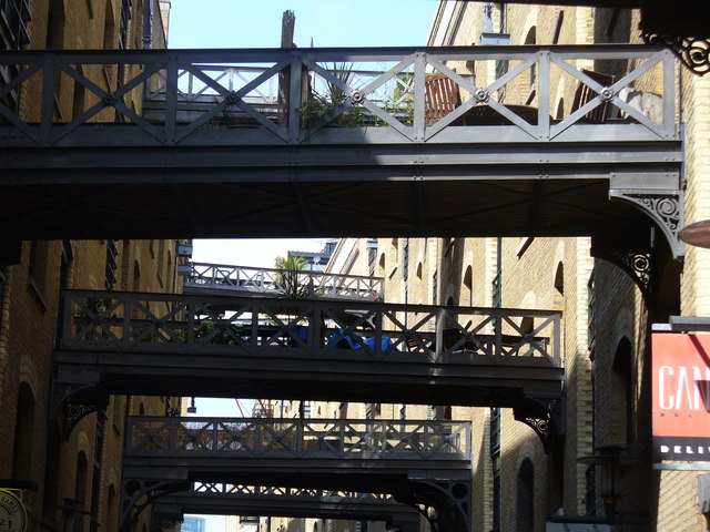 Shad Thames Footbridges