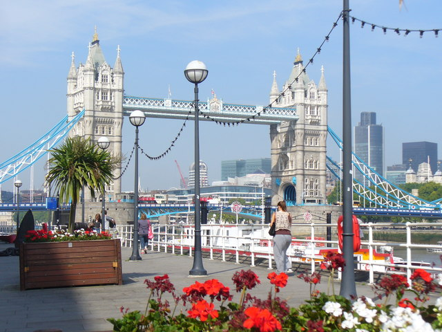 Thames Path, Butler's Wharf