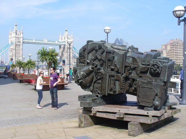 Sculpture at Butler's Wharf