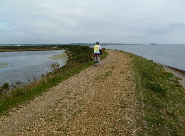 Pennington Marshes, cycle route