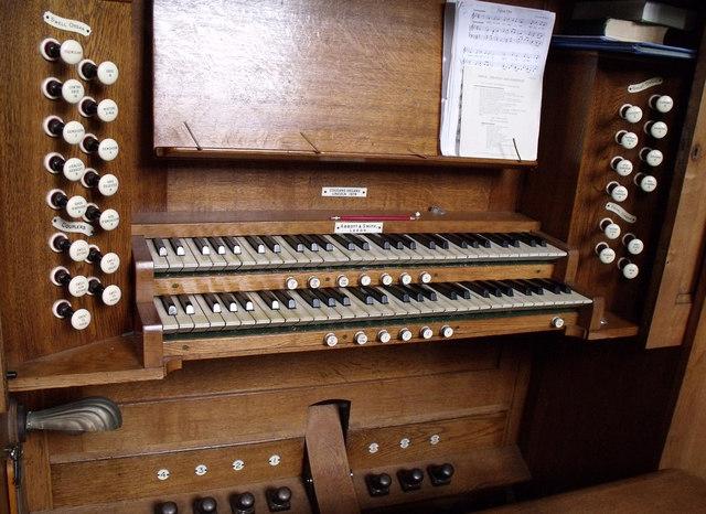 Organ Console, All Saints Collingham