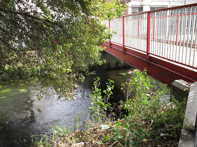 Footbridge over the Wandle