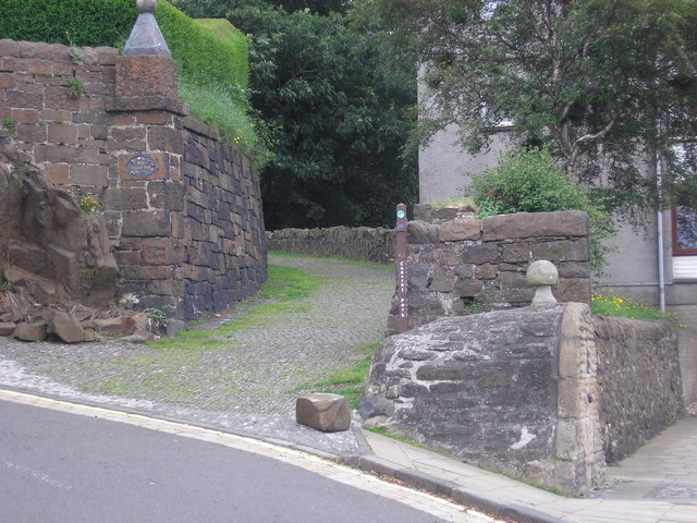 Fife Coastal Path at North Queensferry
