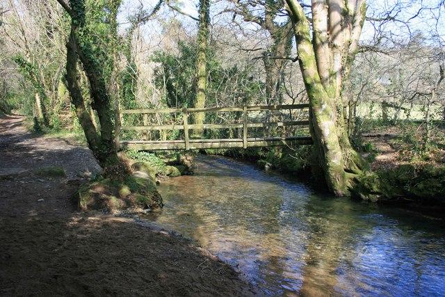 Clam bridge over the Glaze Brook