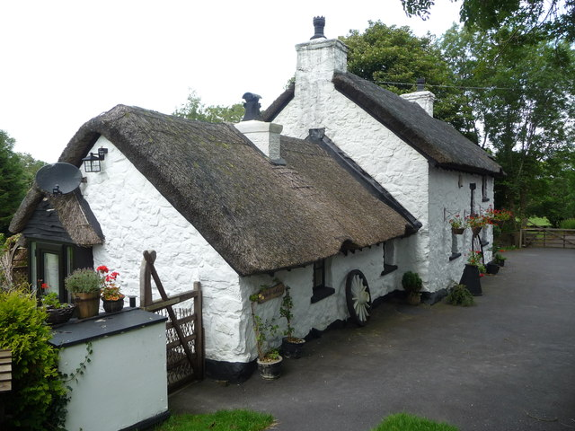 Thatched cottage near Llanallgo on Anglesey