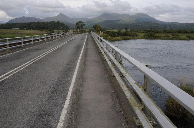 Moelwyns viewed from Pont Croesor