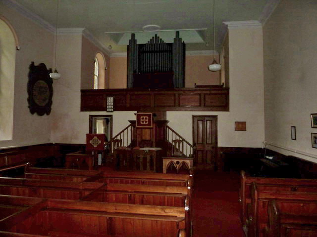 Low Row URC, Interior