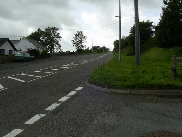 The road to Llanddarog (B4310)