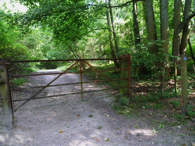 Bridle gate near Owlscroft Barn