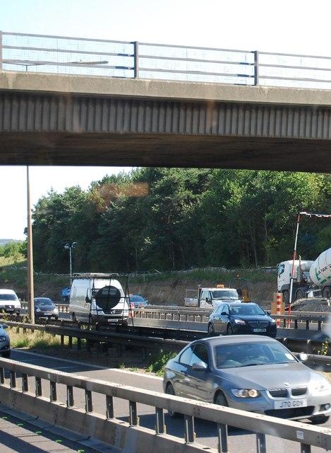 B1421 bridge, M25