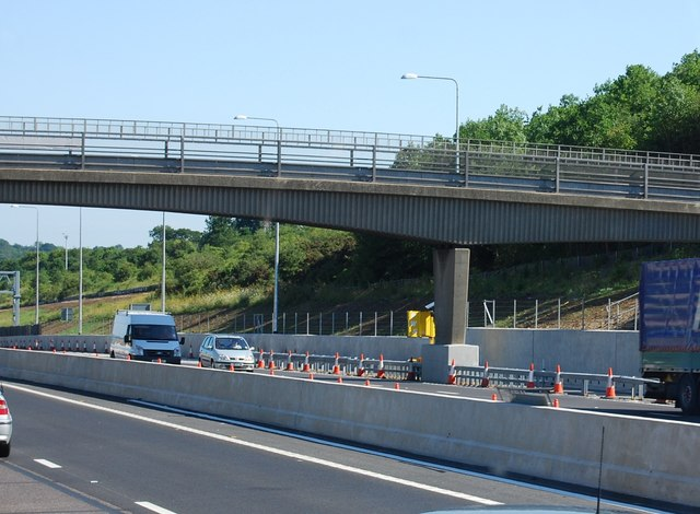 Nag's Head Lane overbridge, M25
