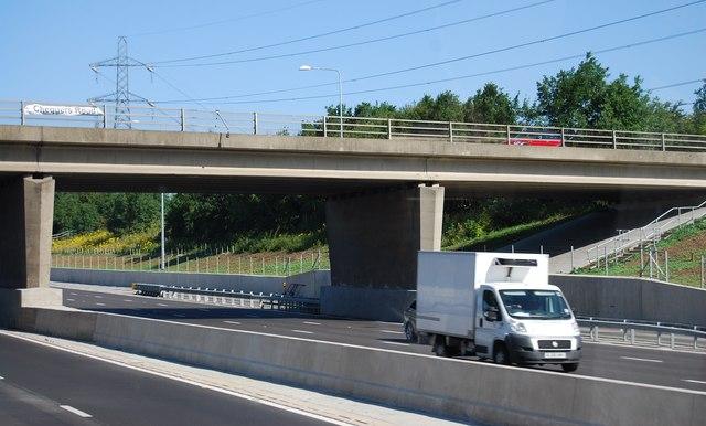 Chequer's Road Overbridge, M25