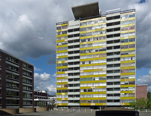 Golden Lane Estate, Goswell Road (2)
