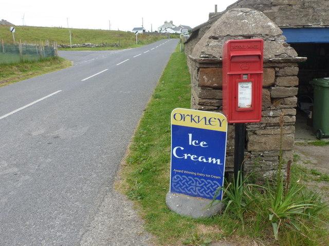 Evie: postbox № KW17 77
